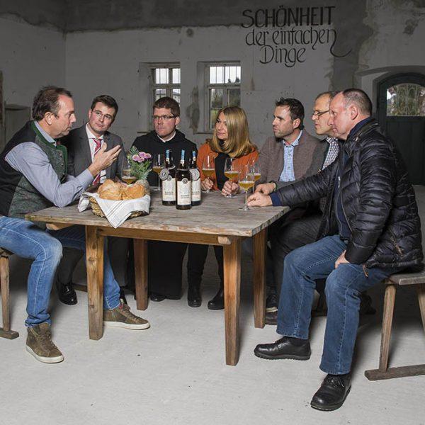 Stiegl-Gut Wildshut, Diskussion über Brot.